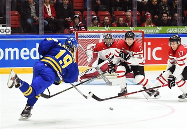 Swedes power past Canada